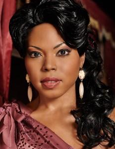 Kristin Lewis, soprano