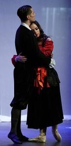 Dancers Julia Aronson and Matthew Morley